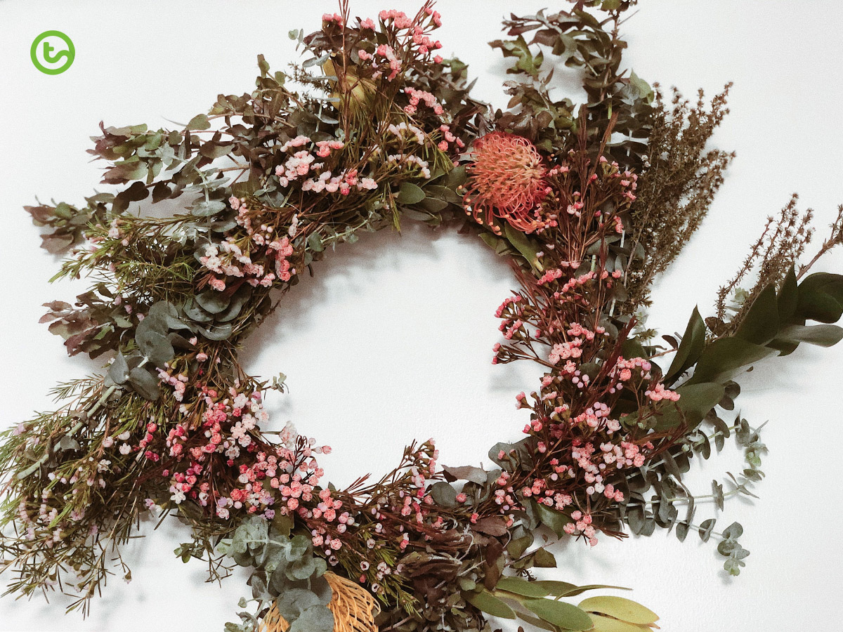 Christmas Wreath Craft - Pru's Wreath