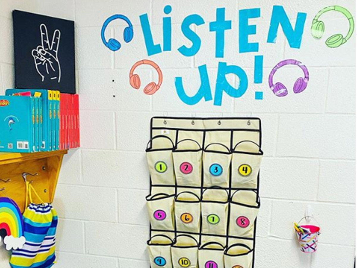 Headphone storage solution for the classroom