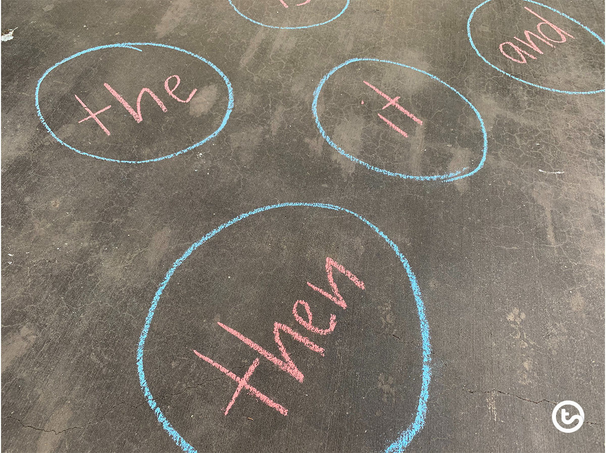 Sight word activity using sidewalk chalk for kids.